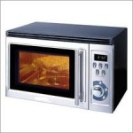picture of a black microwave oven